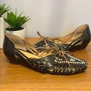 Vintage Latigo sandals